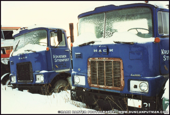 A matching pair of 1974 Mack F700 day-cab tractors  - Photo by Mark Harter