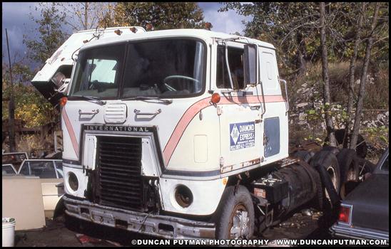 A vintage International 4070 Transtar - Photo by Duncan Putman