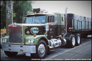 Diamond Reo C92-d Cabover - Photo by Duncan Putman