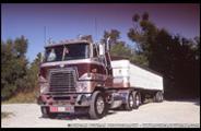 1978 International 4070 Transtar II - Photo by Duncan Putman