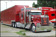 Kenworth W900L with Enclosed Automobile Trailer - Photo by Duncan Putman