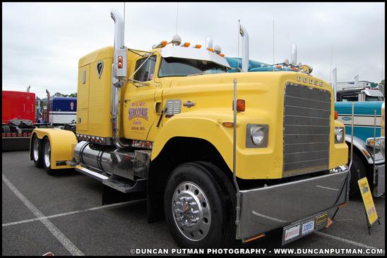 1975 Dodge Big Horn - Photo by Duncan Putman