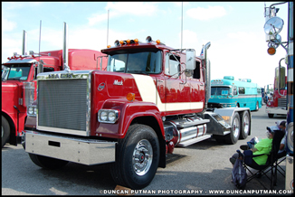 1984 Mack Superliner - Photo by Duncan Putman