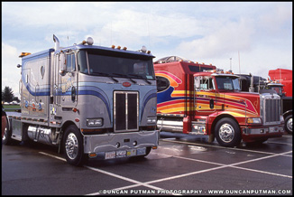 Peterbilt 362 and 377 at MATS in 1991 - Photo by Duncan Putman