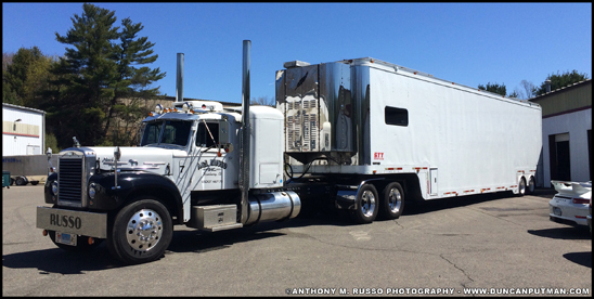 1960 Mack B-753 with Featherlite Trailer - Photo by Anthony Russo