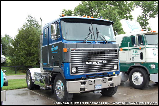 1984 Mack MH613 Ultraliner - Photo by Duncan Putman