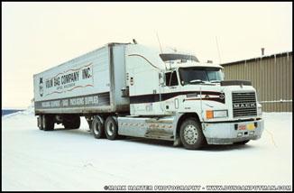 Mack CH600 - Photo by Mark Harter