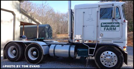 October 2018 Truck of the Month - Tom Evans' 1974 Kenworth K123