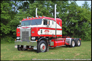 Jessup Trucking's 1955 Kenworth 523C Bullnose